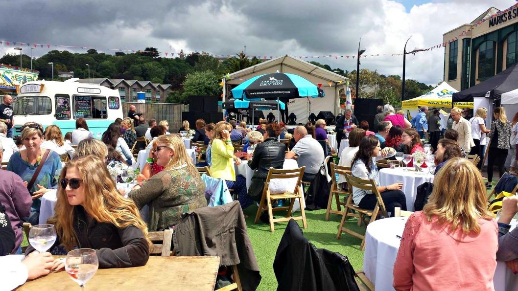 gin festival 1.jpg